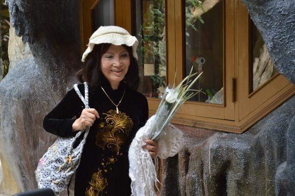 наталия- хозяйка крейзи хаус, аритектор и художник
